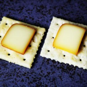 オンザクラッカーチーズ