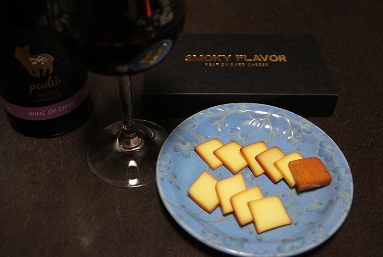 ワインとスモークチーズ