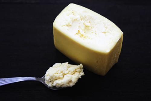 酸で固めるチーズ